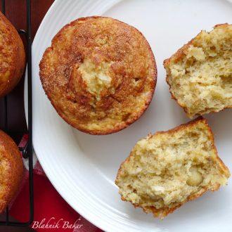 Banana Macadamia muffins