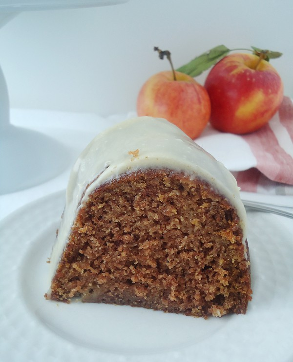 Canned Applesauce Cake