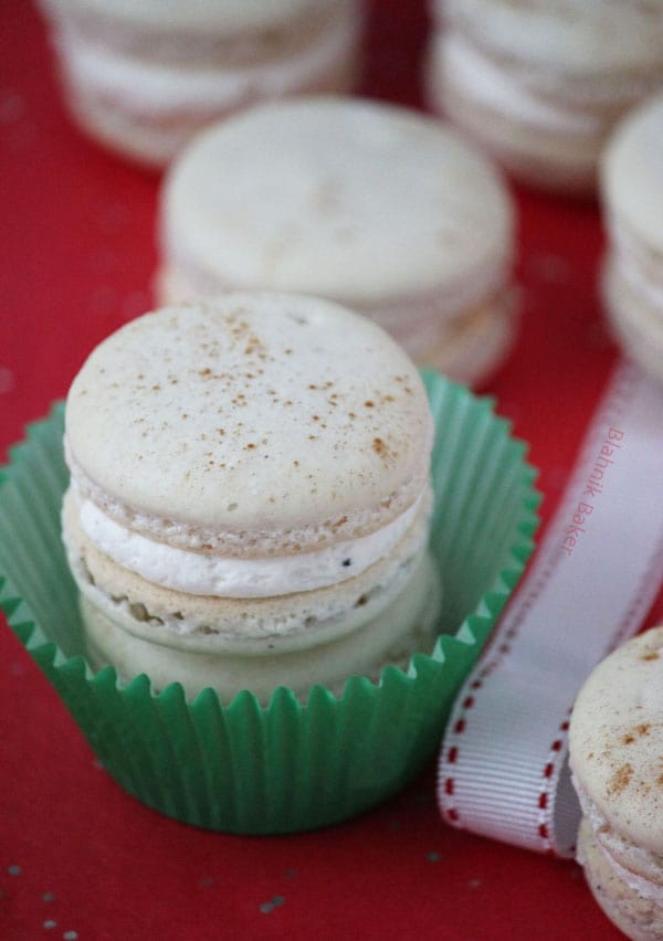 ... eggnog macarons! Your guests will love them and thank you plenty