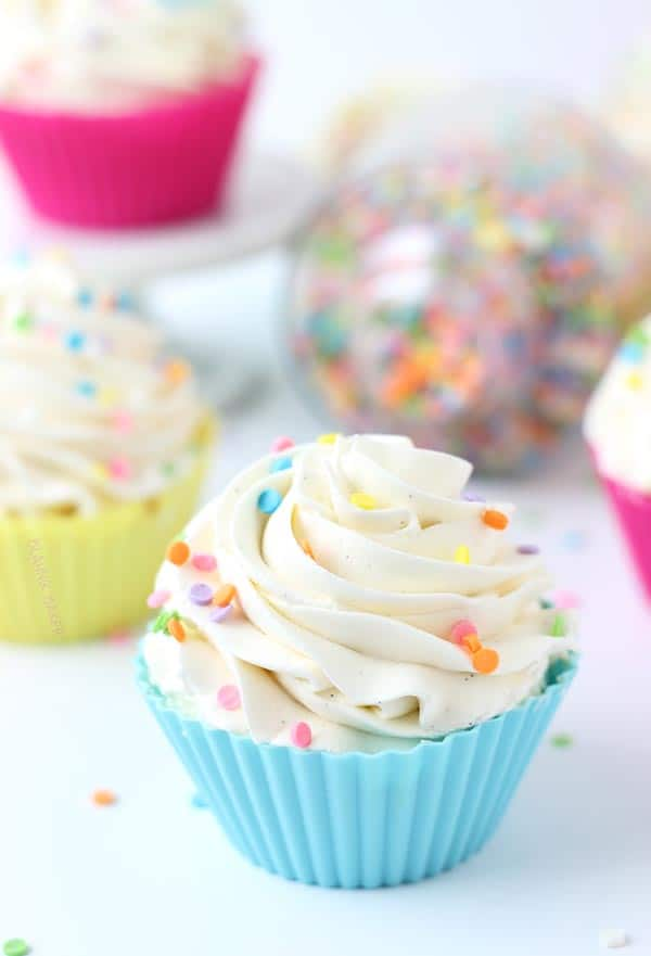 Vanilla Cupcakes with Whipped Vanilla Bean Frosting + Giveaway {CLOSED ...