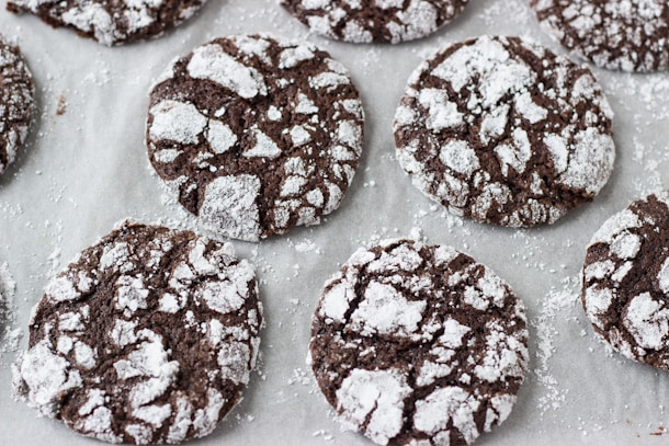 Chocolate Crinkle Cookies - deep chocolate flavor with a moist gooey ...