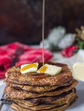 Whole Wheat Gingerbread Pancakes