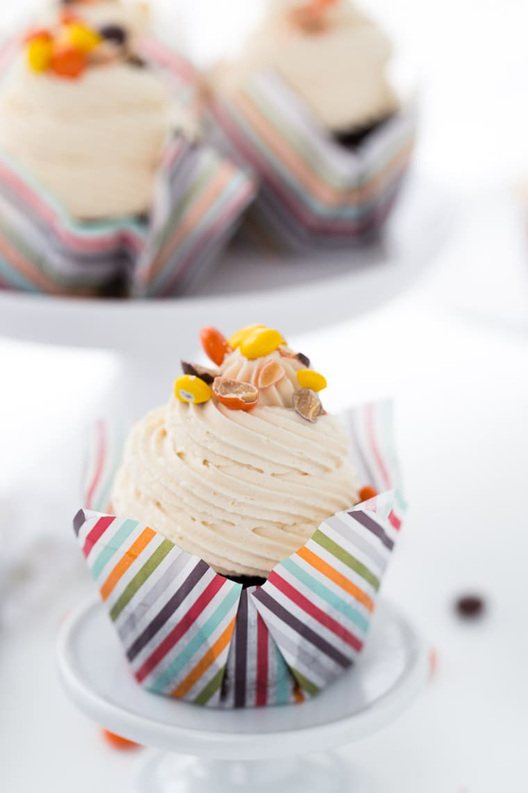 This chocolate peanut butter cupcakes recipe for are for all the peanut butter lovers.