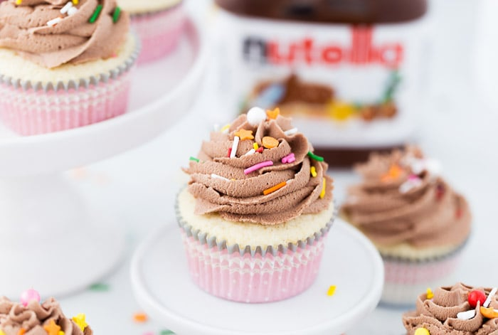 These vanilla cupcakes with nutella frosting are moist, nutty and ...