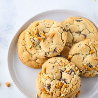 Chocolate Chip Cookies with Butterscotch and Pretzels