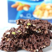 Chocolate Nut and Cereal Crisps