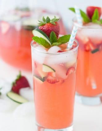 Strawberry Cucumber Limeade- refreshing sparkling lemonade