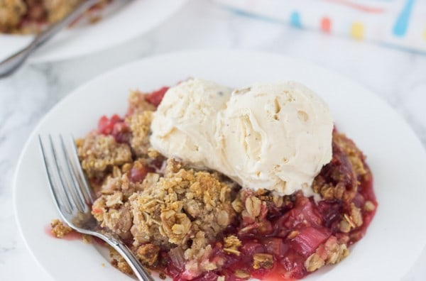 Strawberry Raspberry Rhubarb Crumble