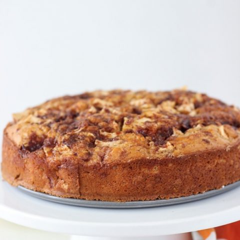 Caramel Apple Crumb Cake