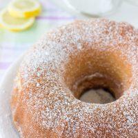 MAMA's 7UP Pound Cake