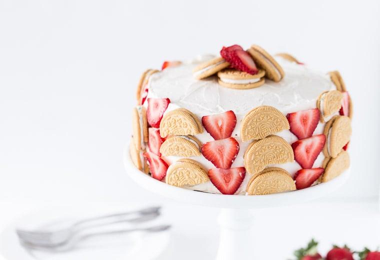 Strawberry Cookie Cake