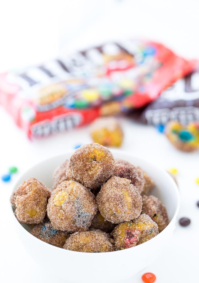 Easy after-school baked pumpkin spice donut holes.