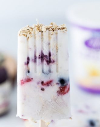 Berry Greek Yogurt Breakfast Pops