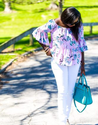 how to wear an off the shoulder top with skinny jeans and still love your shoulders.