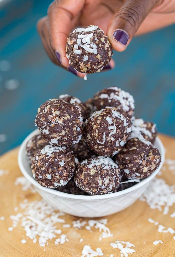 These brownie energy bites use only 5 ingredients. They are hearty, indulgent and will fuel your mid-afternoon cravings. Dairy-free, vegan, gluten free.