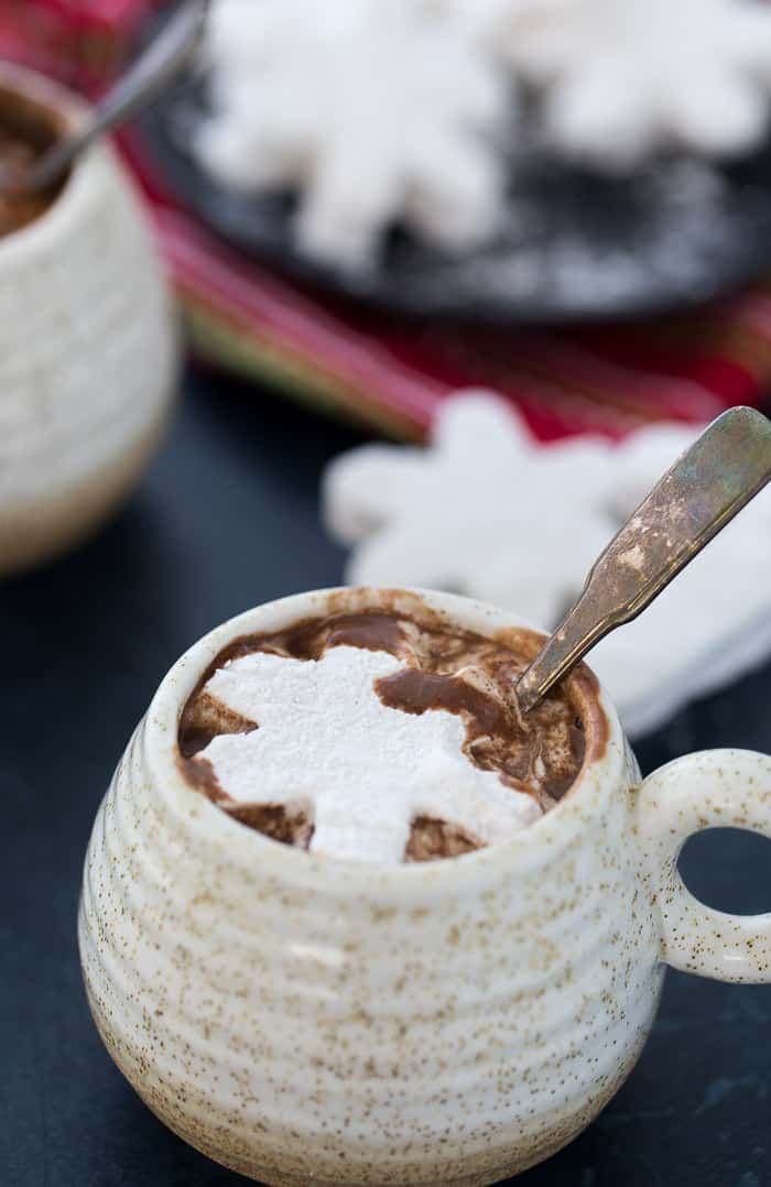 An indulgent cup of this homemade hot chocolate with cardamom marshmallows is all you need to enjoy a cold winter day. Perfect for the holiday season.