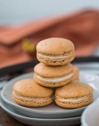 pumpkin spice latte macarons