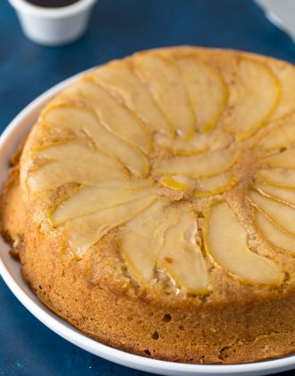 maple spiced pear cake