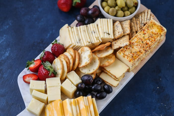 making a cheeseboard for entertaining