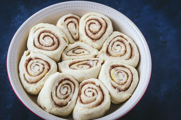 eggnog cinnamon rolls