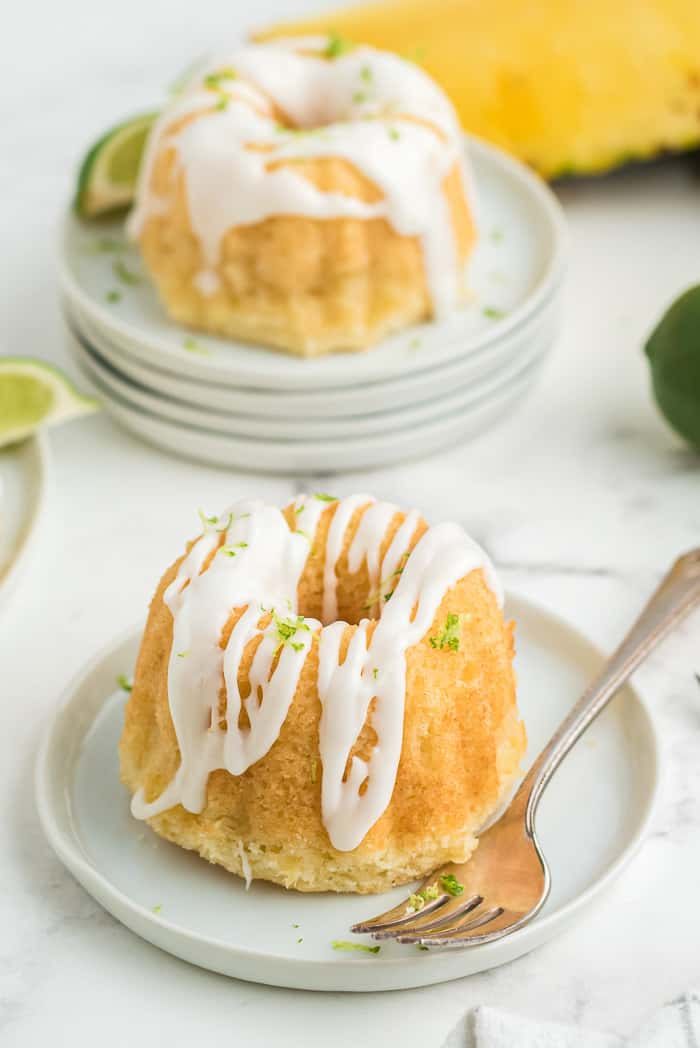 Mini Pineapple Lime Mojito Cakes