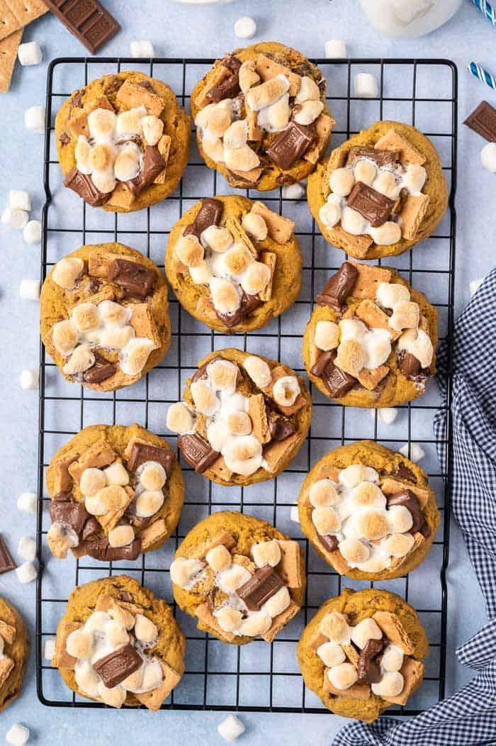 Pumkpin Smores Cookies