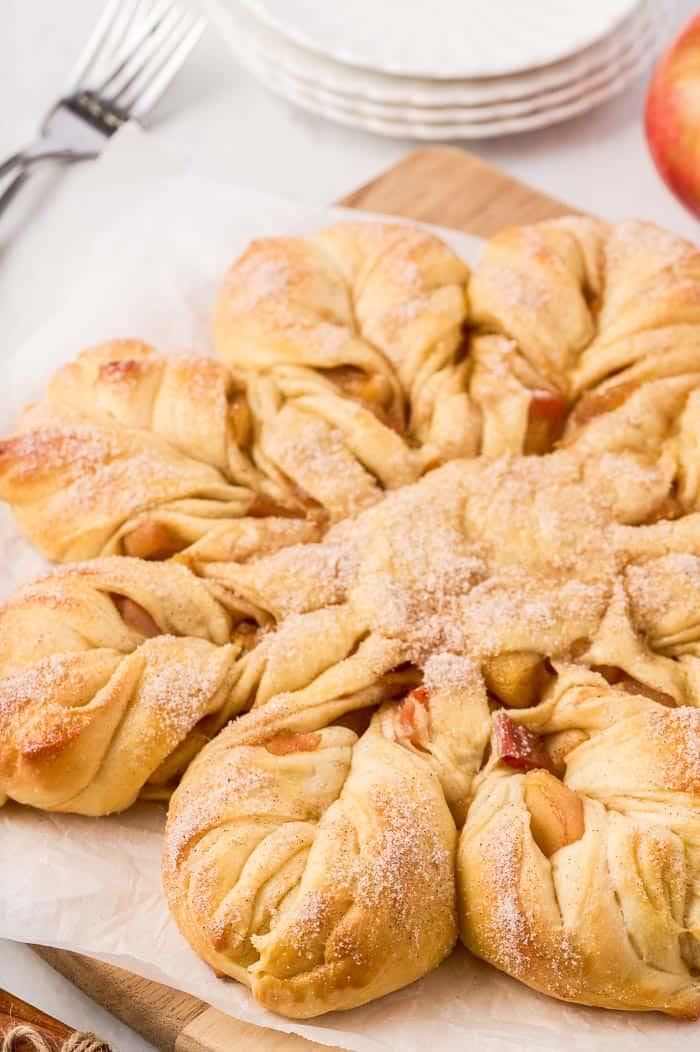 Apple Cinnamon Star Bread